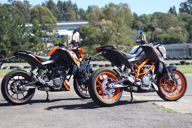 Há dez anos, em 2007, KTM e Bajaj somaram forças para dar início à família de baixa cilindrada DUKE. Hoje motos com a 200 DUKE e 390 DUKE são um sucesso e vendidas em diversos países - incluindo o Brasil