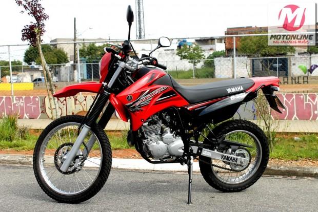 O motor é o mesmo utilizado em toda a família 250 cc da Yamaha: econômico, confiável e que oferece desempenho compatível para a classe das 250 cc; um pouco vibrante demais acima de 100 km/h