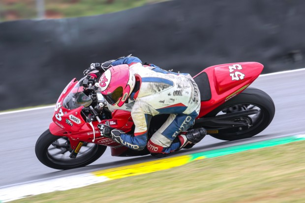 Copa Honda CBR 500R | Campeão: Leonardo Tamburro (#53)