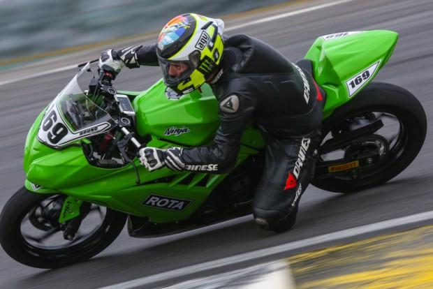 Copa Kawasaki Ninja 300 Light   Vice: Bruno Ribeiro (#169)