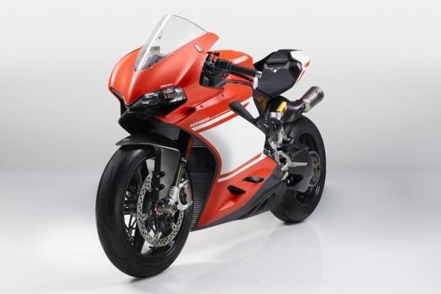 Embalada por um crescimento acima de 17% em 2016, Ducati quer seguir investindo em novas concessionárias no Brasil
