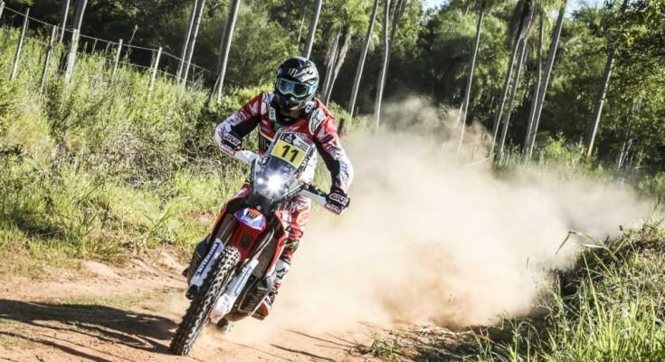 Joan Barreda Bort foi segundo na etapa na quarta etapa e lidera a competição (Foto: DPPI)