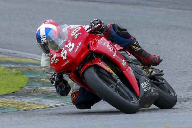 Leonardo Tamburro foi o vencedor das duas corridas da Copa Honda CBR 500R