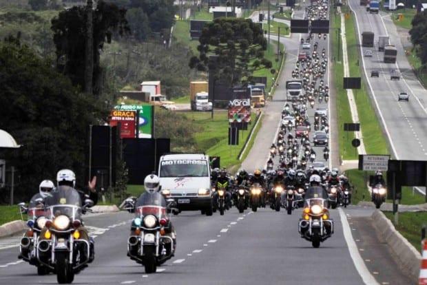 Passeio em Curitiba com apoio da Polícia Rodoviária