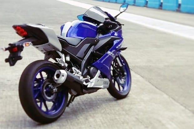 Yamaha lança nova YZF R15 v3.0 2017 na Ásia
