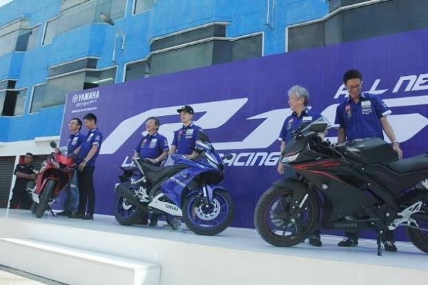 Lançamento oficial agitou o mercado asiático. Moto está disponível nas cores preto, vermelho e, como não poderia faltar, azul
