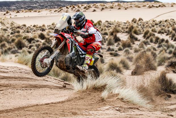 Brabec é o sexto vencedor em seis etapas do Dakar  (Foto: Fredericle Floch)