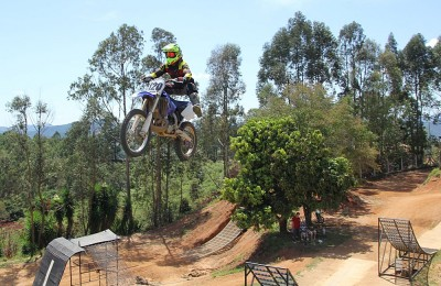 freestyle cruso motocross