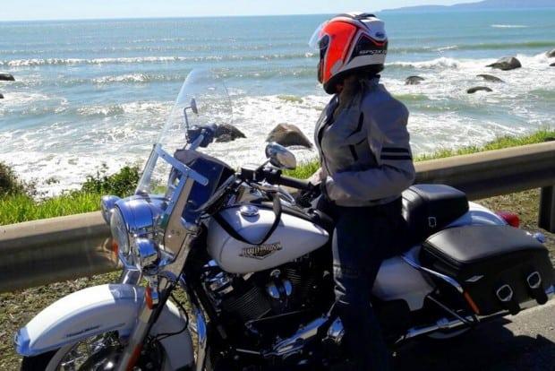 Ache uma brecha em sua agenda para fazer uma viagem de moto para Bombinhas, em Santa Catarina