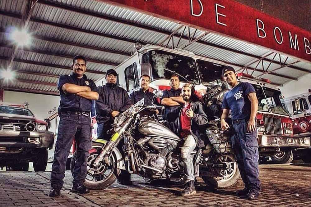 bce72e082 A viagem de moto mais incrível que você lerá hoje