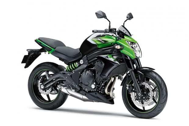 Lançada em 2005, a Kawasaki ER6N sempre agradou quem procurava uma moto de boa ciclística e torque forte. Seu visual, entretanto, sempre foi polarizador