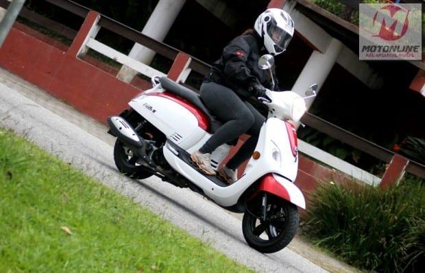 A Fiddle III é uma moto prática, feita para vencer o trânsito das cidades