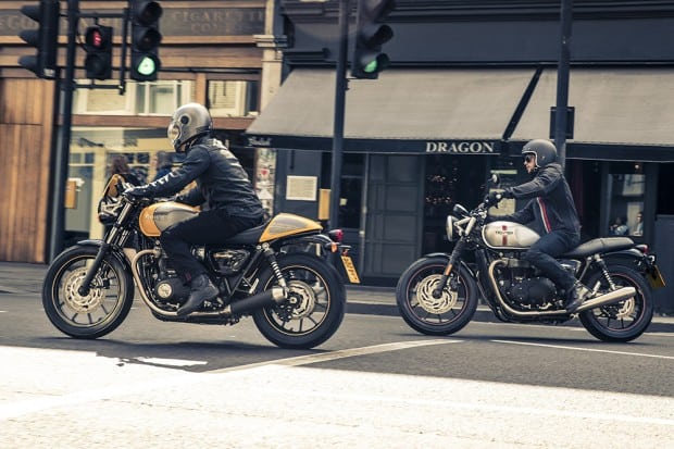 Moto é baseada na Street Twin (ao fundo)