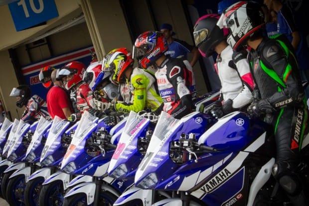 Yamaha R3 Cup é uma das categorias escola, que atrai mais competidores
