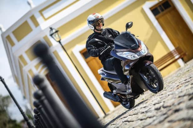 Honda PCX é líder de venda no segmento scooter