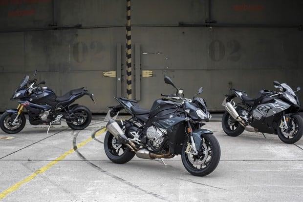 Três máquinas o mesmo motor. Na nova BMW S 1000 R 2017, propulsor gera 165 cavalos