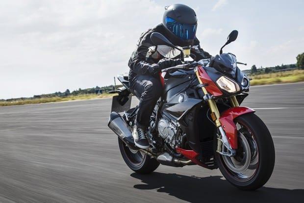 Seu design agressivo fica evidente nas fotos e imagens. O preço da nova BMW é R$ 62.900