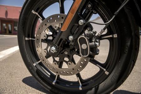 Disco de freio da Harley Iron 883, a moto de entrada da marca no Brasil