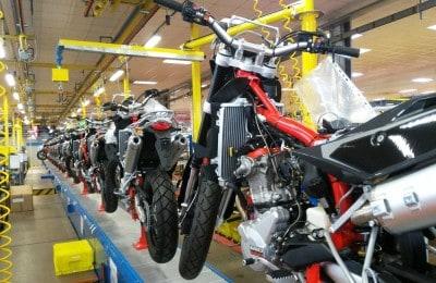 A fábrica possui duas linhas de produção independentes