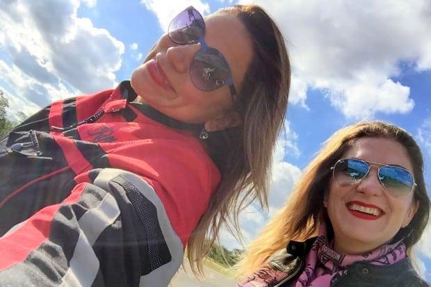 Eliana Malizia e a amiga Paula Bavaresco pegaram suas motos e partiram para Brotas. A bordo de uma Harley Limited CVO 2017, a jornalista nos conta esta história