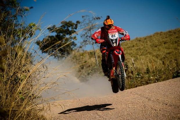 Primeira etapa teve 600 km, dos quais mais de 300 cronometrados. Ao todo, o Rally dos Sertões 2017 irá percorrer 3,3 mil km