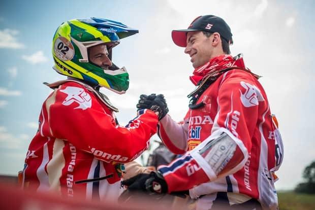 Dobradinha da Honda Racing, com Jean em primeiro e Gregorio Caselani (campeão em 2016) em segundo