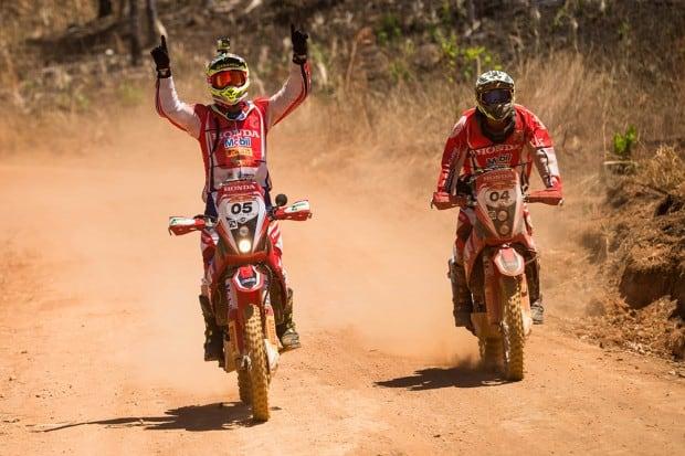 Nas motos, a Honda defenderá seus títulos de 2015 e 2016, quando sagrou-se campeã do Rally dos Sertões com os pilotos Jean Azevedo e Gregorio Caselani