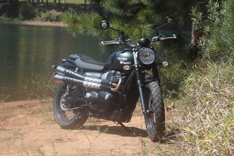 A Triumph Street Scrambler é uma das motos envolvidas nesse recall
