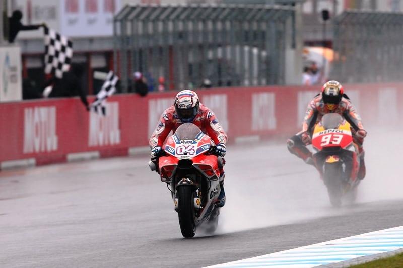 Metade da corrida Dovizioso e Márquez foram trocando de posição