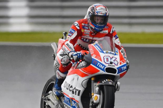 Dovizioso arrisca tudo na Malásia, vence corrida e incendeia a MotoGP. Com a vitória, italiano diminui a diferença para o líder Marc Márquez e passa a ter chances matemáticas de título. Resultado: ficou tudo para a final, em Valência