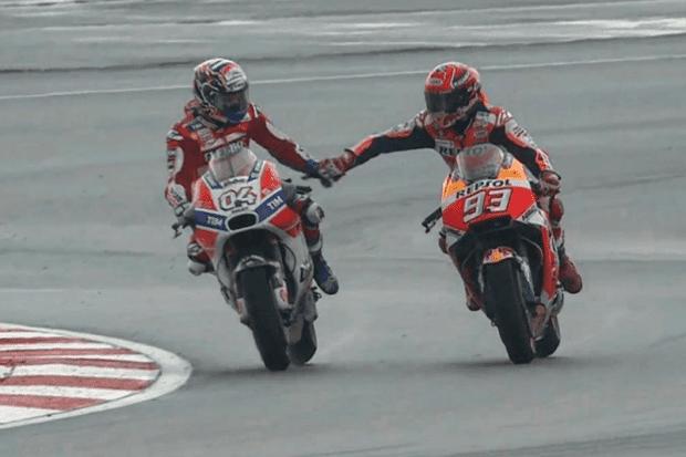 Dovi e Márquez têm seis vitórias cada. O espanhol possui considerável vantagem e está muito perto de conquistar seu quarto título na MotoGP (em cinco temporadas!!!), mas Dovizioso arriscará tudo na última prova