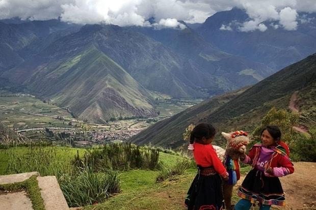 Simone ficou impressionada com as culturas que encontrou e como o modo como povos chilenos vivem