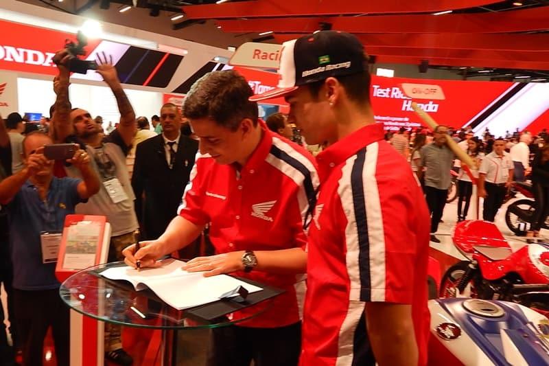 Alexandre Cury assina: esforço pelo motociclismo