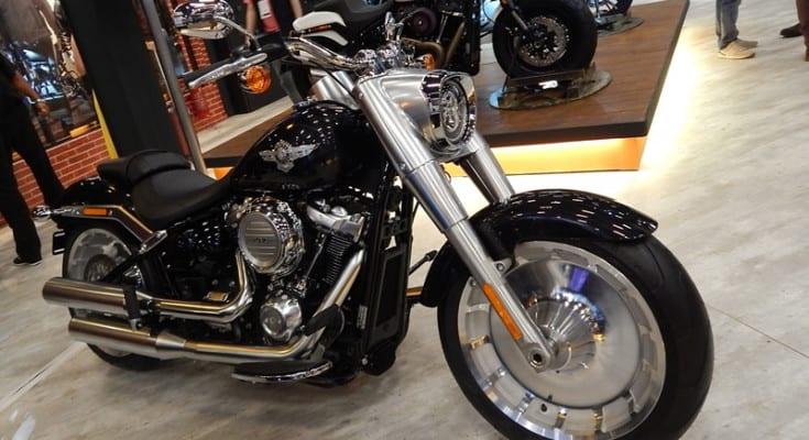 O stand da Harley transpirava o espírito de liberdade que prega a marca