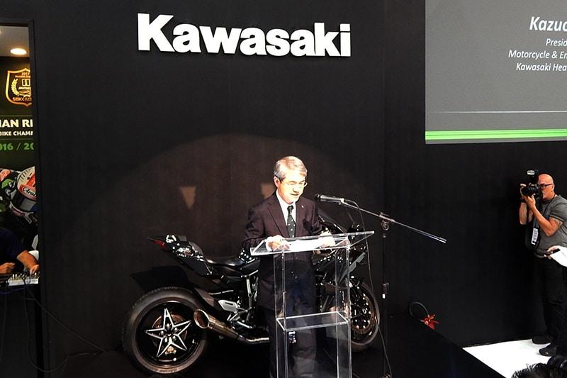 Kazuo Ota, presidente da Motorcycle and Engine Company Kawasaki Heavy Industries, destacou a busca constante da marca em promover o 'prazer na pilotagem'