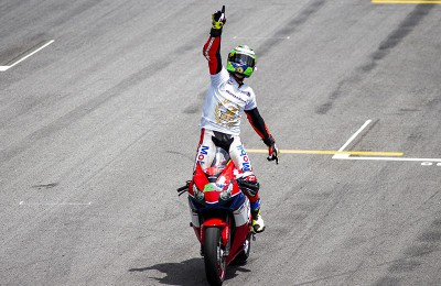 Granado faturou a Moto2 no Europeu e aguarda o mundial da categoria. Boa sorte!