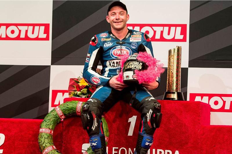 Lucas Mahias conquistou o título após mais uma vitória, desta vez na final, no Qatar. Piloto faturou o troféu a bordo de sua Yamaha R6