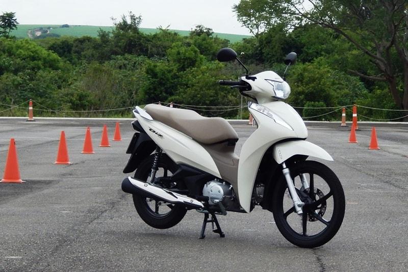 Renovada Honda Biz Completa 20 Anos Em 2018 Motonline