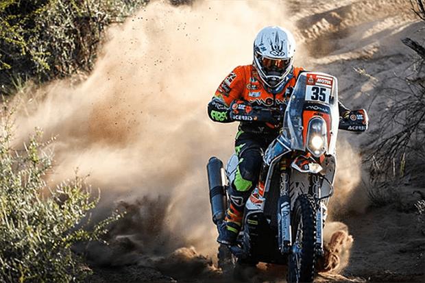 O Dakar é feito de sobreviventes, ainda mais nas motos, a categoria mais rápida do rali. Dos 140 pilotos que largaram, mais de 50 ficaram pelo caminho