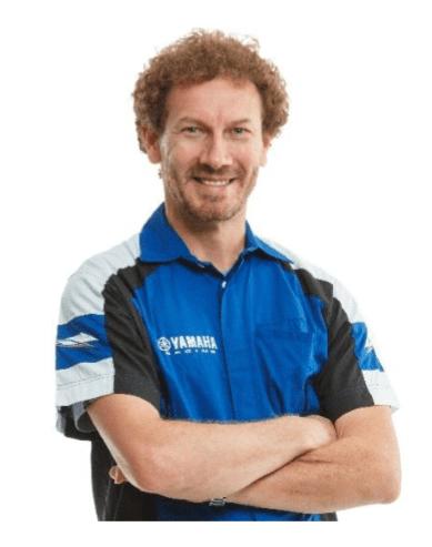 Jorge Negretti, ícone brasileiro do off-road, integra a equipe azul. Programas de incentivo possibilitam o surgimento de novas feras do esporte no País