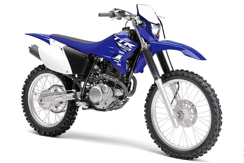 Yamaha faz manobra arrojada com a TT-R 230 para fazer frente a popular concorrente de 230 cilindradas. TT-R ganhou financiamento especial e KIT de acessórios ASW