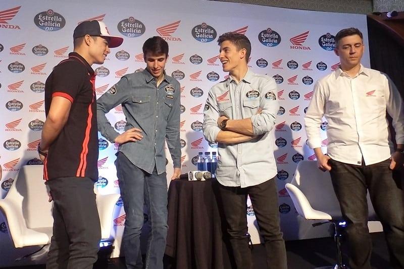 Eric Granado, Alex Márquez e Marc conversam, em evento da Honda realizado no Brasil