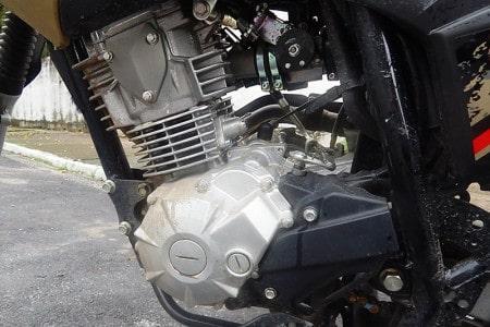 Motor eficiente e com respostas compatíveis à proposta