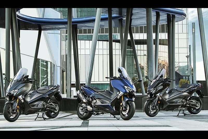 TMax DX e XMax 300 viraram os scooter 'papa-prêmios' de design da Yamaha. Red Dot Award é a terceira conquista dos modelos