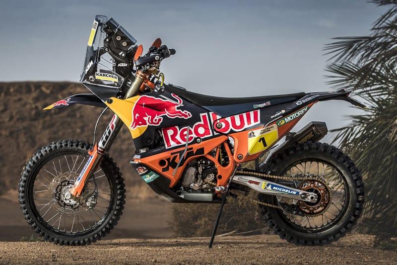 Segundo a Bajaj, a 390 Adventure será inspirada na multicampeã KTM 450 Rally - com a qual a marca atingiu o feito de 17 títulos consecutivos no Rally Dakar