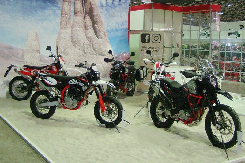 Depois de mais de um ano de espera, enfim as motos da SWM chegaram ao Brasil. Parceria com a importadora Muteki possibilitou a vinda de motos bigtrail, de enduro e até clássicas - Foto: Marcus Vini Fotos