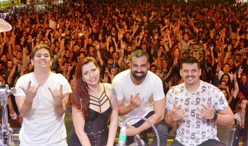 Banda Faixa Etária toca na noite de sábado no Angra Moto Fest