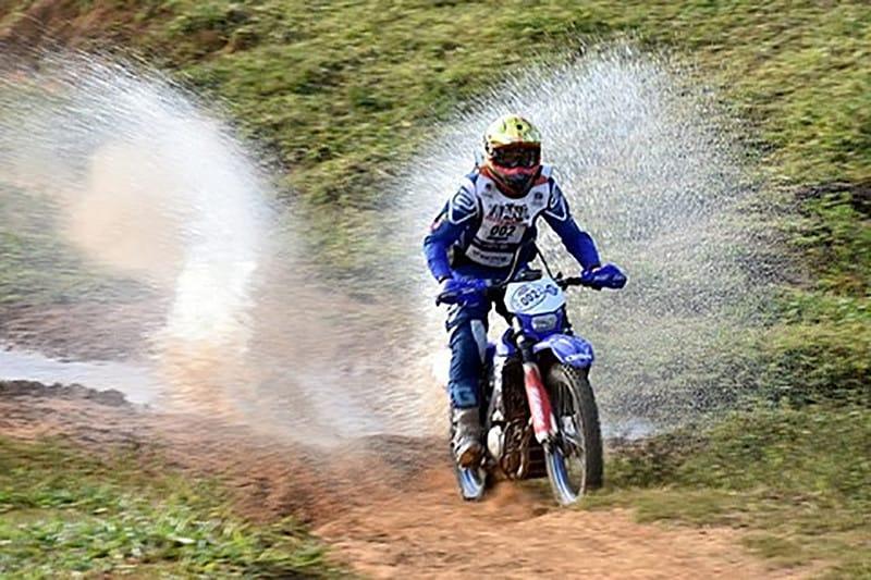 Jomar Gracco correu o Brasileiro de Enduro com as Yamaha WR 250 e WR 450. - Foto: Janjão Santiago