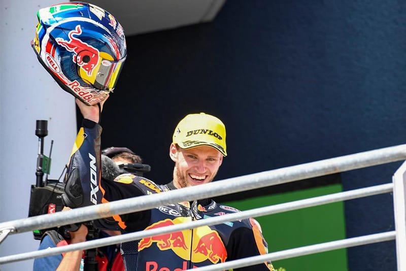 Terror da Moto3 em 2016, quando foi ao pódio em 14 etapas, Brad Binder debutou pela Moto2 na Alemanha