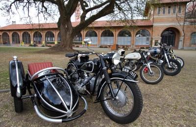 Motos fabricadas até 1980 podem entrar sem pagar; acima disso pagam R$15,00 para estacionar
